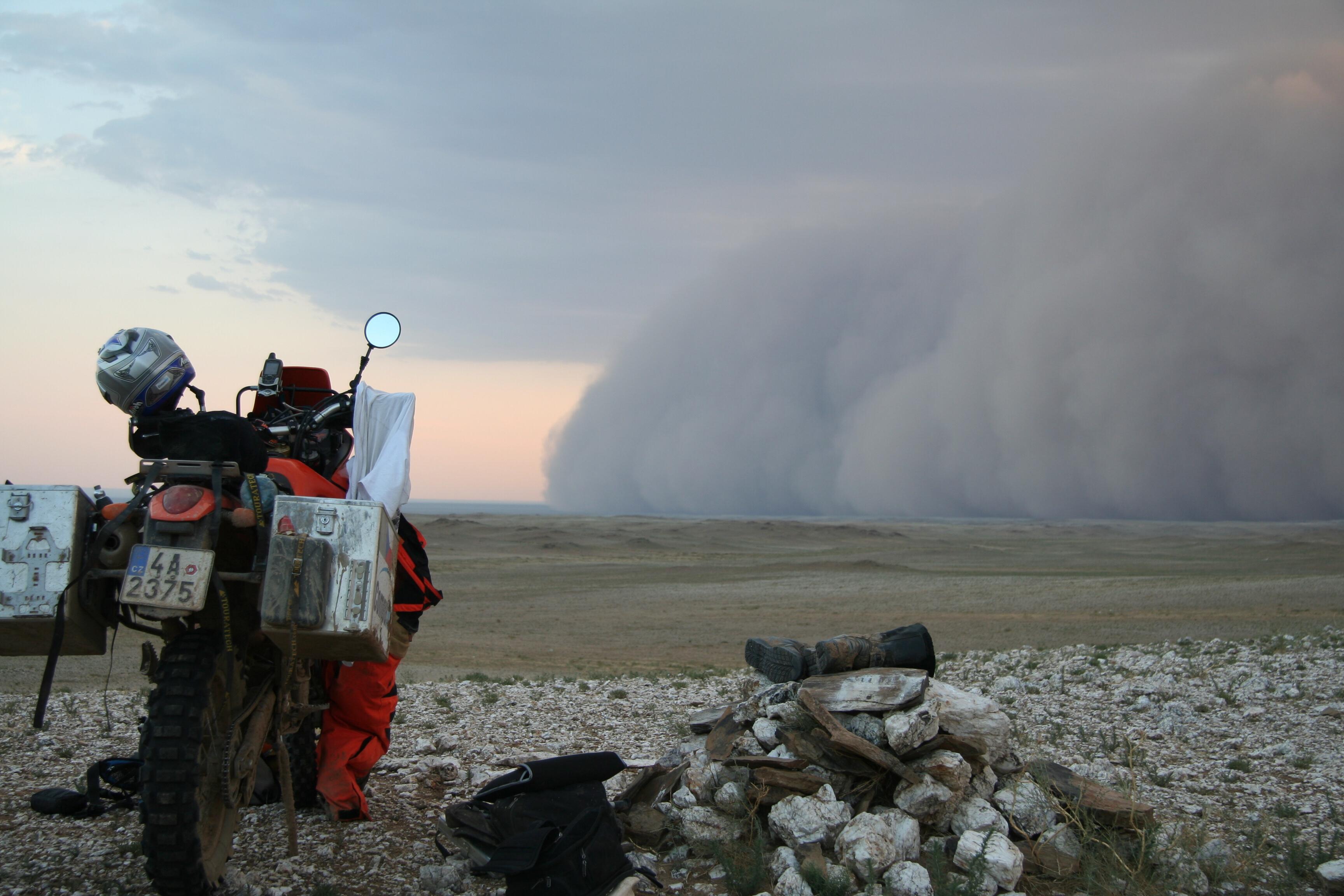 Písečná bouře Mongolsko